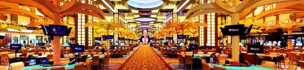 The First Web Casinos